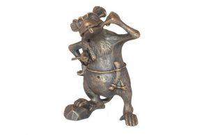 Слайд #1 | Статуэтка «Крыса-разбойник»